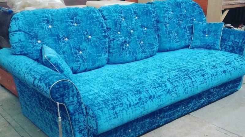 Прямой диван на заказ (модель №7)