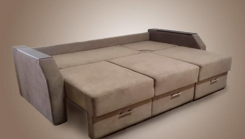 Прямой диван на заказ (модель №2)